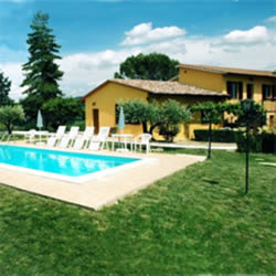 Bed & breakfast Casale Il Colle Abril 2016